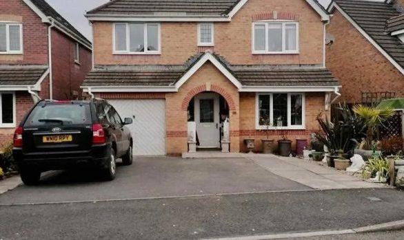 Bluebell Drive, Llanharan £294,950